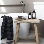 15 idées de budget pour la conception simple de votre salle de bain