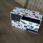 Pour assortir à ce sac Nadine j ai réalisé cette boite de la créatrice Fréd...