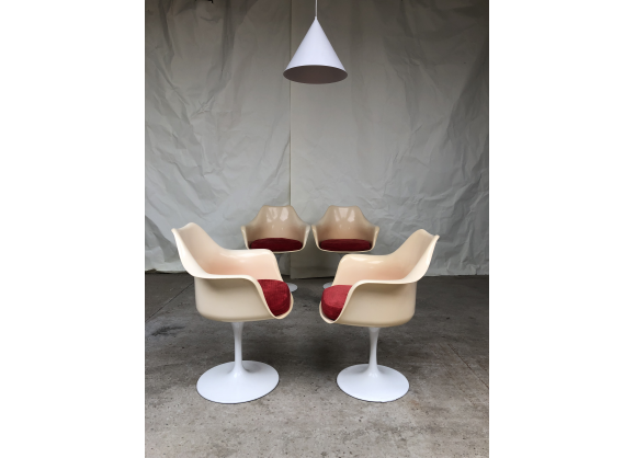 Suite de 4 chaises Tulip de Rudi Bonzanin