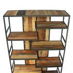 bibliothèque étagère-design-industriel en bois de bateau recyclé et métal