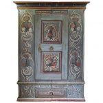 1stdibs Armoire / penderie - Antique Armoire de mariage peinte du 18ème siècle / / Armoirea Dutch Colonial Pine