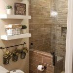 20+ meilleures idées de remodelage de salle de bains sur un budget qui vous inspirera