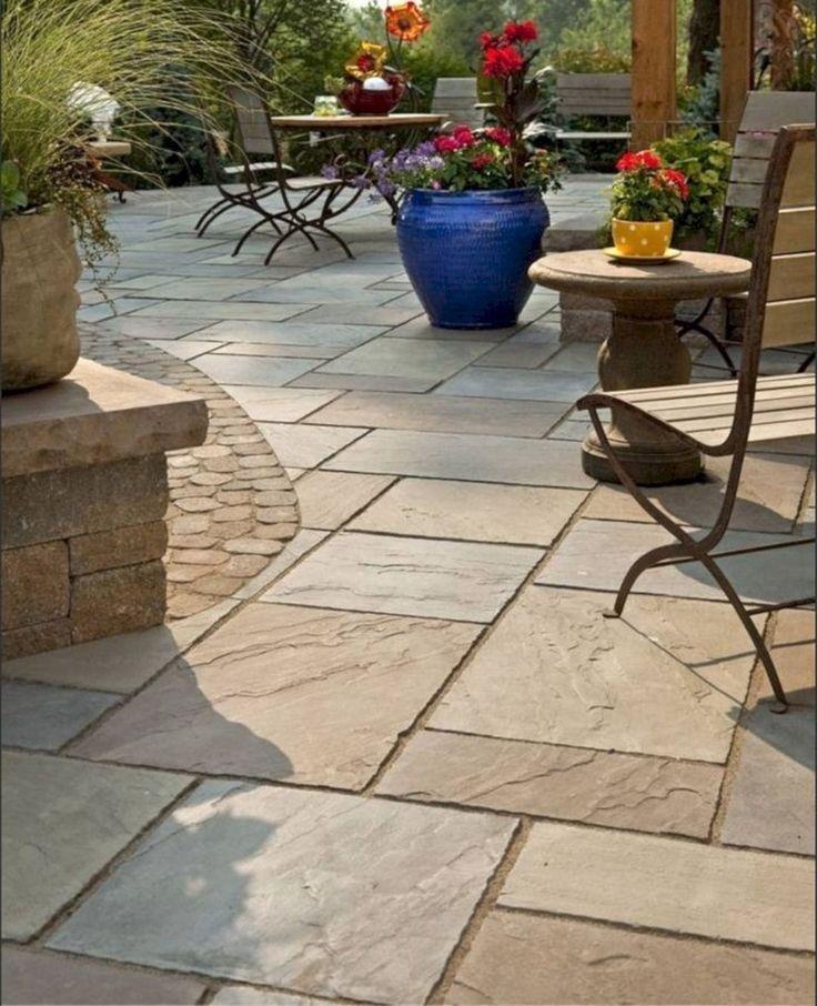 28 idées de design de patio en pierre pour votre petite cour 21