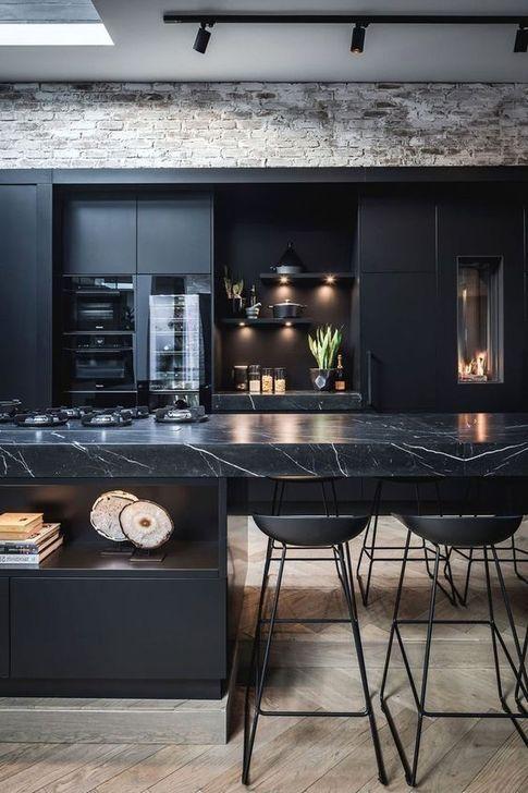 47 idées de design de cuisine noire élégante que vous devez savoir