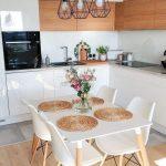 50 incroyables petites idées de décoration de cuisine d'appartement #appartmentdecorating #Kitch ...