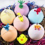 6 bombes de bain pour les enfants Mini Dino Toys Inside Each Bomb Perfect Gift Set 5oz Large Bath Fizzies with Fun Bubble Effect - For Boys and Girls