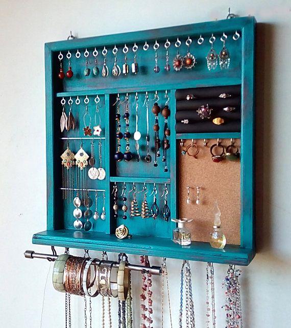 Affichage de bijoux. boucles d'oreilles. titulaire du collier. Porte-boucle d'oreille en détresse TURQUOISE avec étagère. rangement mural pour bijoux