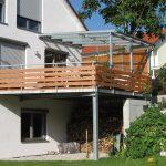 Annexe de balcon de conception galvanisée avec balustrade et ...