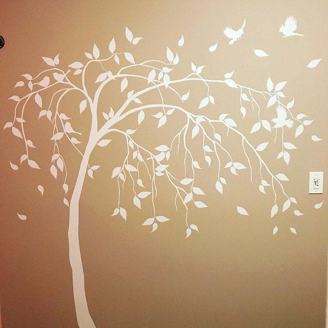 Arbre decal avec des balançoires et des oiseaux Grande pépinière arbre vinyle mural art Sticker mural Mural enfants chambre décor Nature Arbre mur tatouage AM029