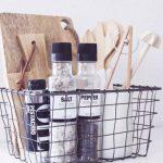 Astuces soignées pour une cuisine ordonnée avec IKEA Hack - de l'étagère Billy à l'armoire de cuisine de style Scandi