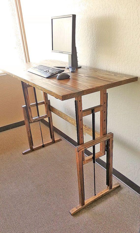 Bureau debout en bois réglable
