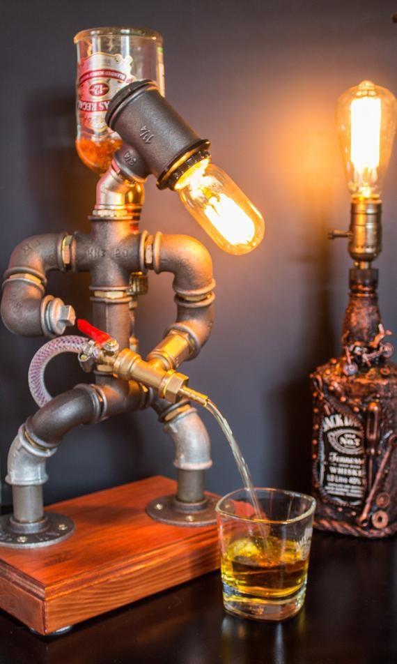 Cadeau de Noël pour lui, distributeur de whisky d'alcool, cadeau de pompier, cadeau d'anniversaire de Jack Daniels, lampe de robot du tube de pompier Steampunk