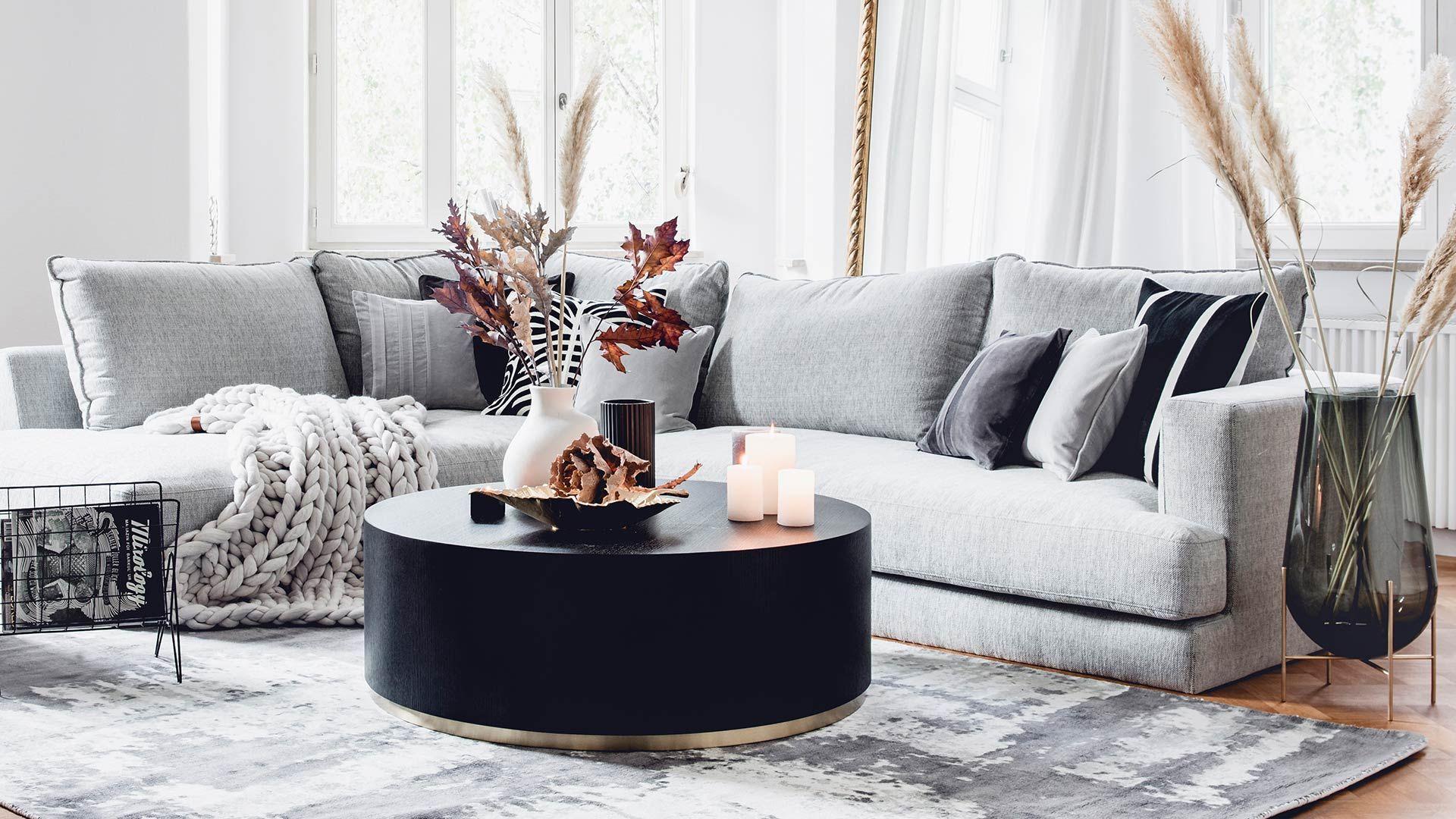 Canapé gris moderne – Achetez un arrangement! Tous les produits de cet arrangement accèdent …