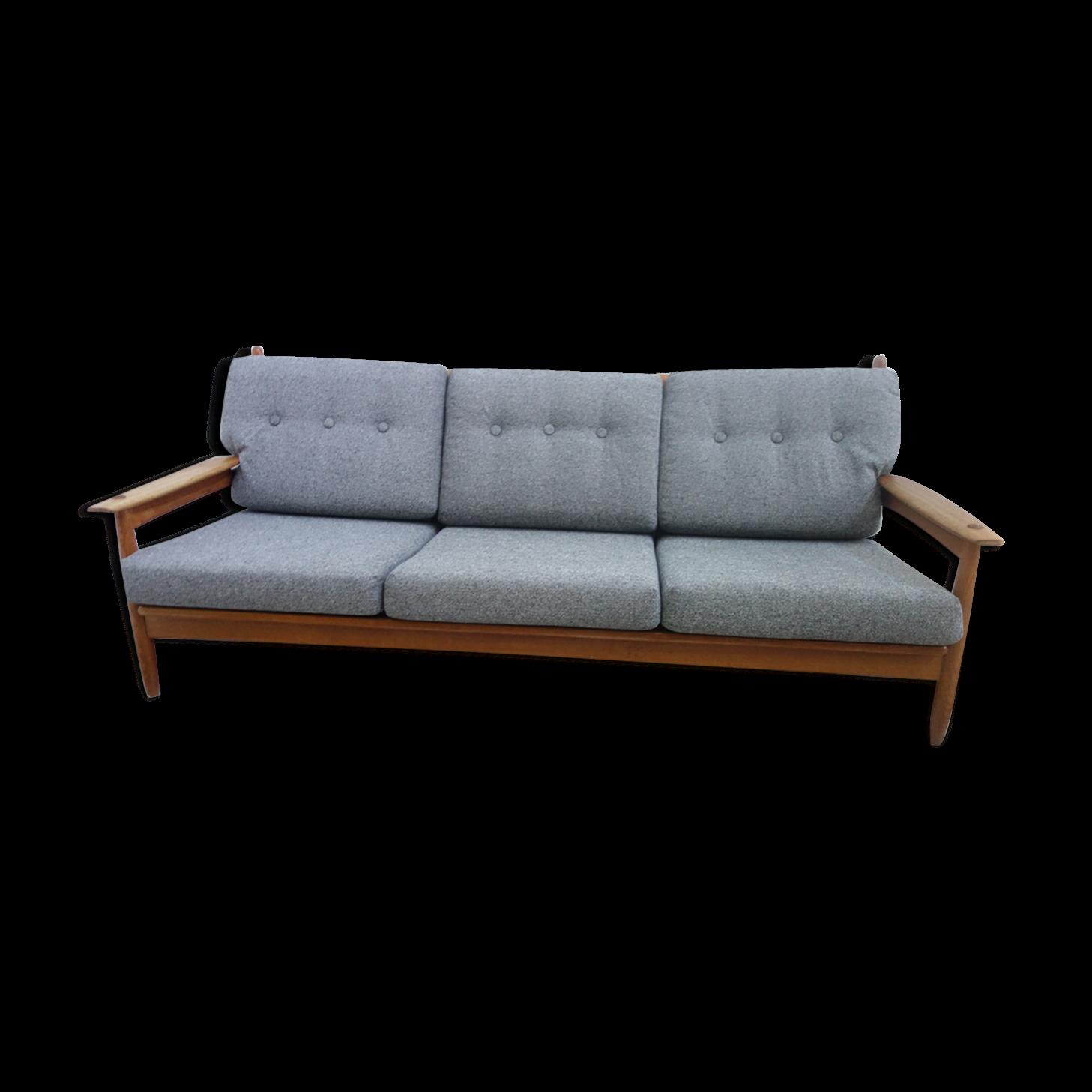 Canapé trois places en tissu et bois