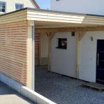 Carport à toit plat en bois (épicéa) avec éléments de paroi en losange