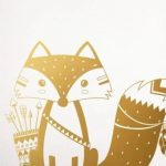 Ce sticker mural renard indien va donner vie aux murs de la chambre de bébé.  ...