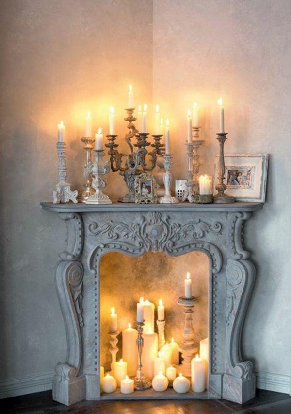 Cheminée décorative – ambiance romantique avec bougies et lanternes