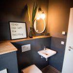 Comme il y avait tant de demandes, voici à nouveau une photo de nos toilettes incl ....