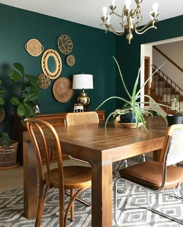 Console de salle à manger Cette couleur de mur! Semble bien avec les meubles; ça fait la chambre. #de #le …