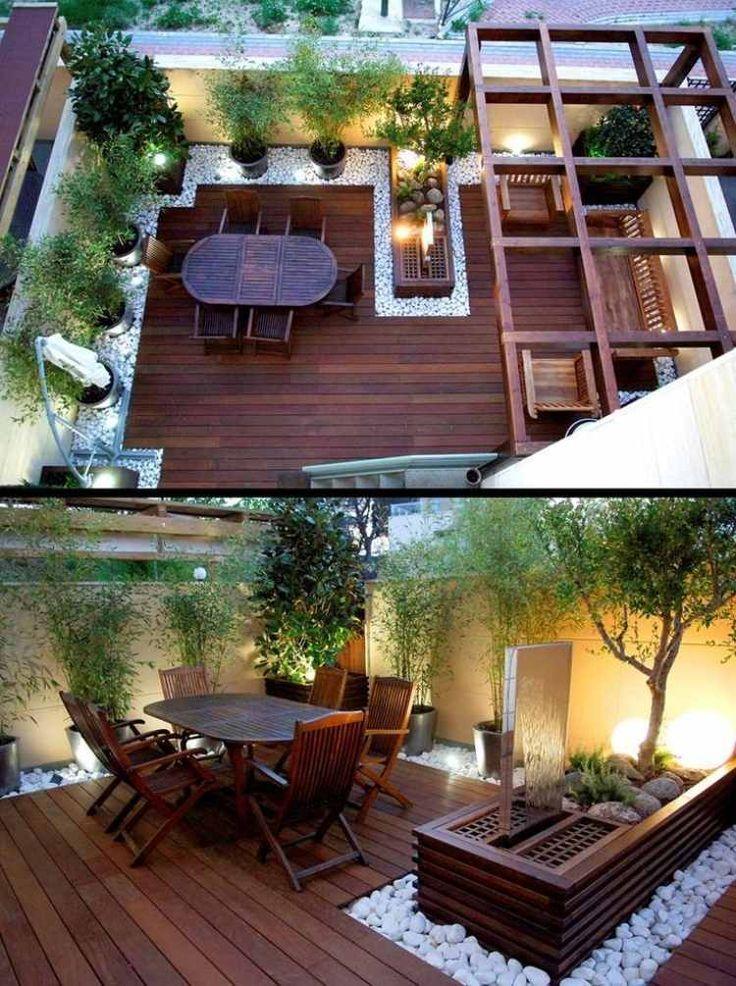 Design de jardin moderne – sol en bois, galets décoratifs, plantes de bambou
