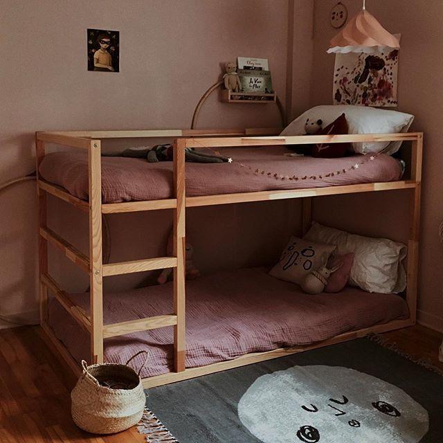 """Emilie on Instagram: """"Au revoir joli lit superposé. Charlotte a laissé tomber le couperet, ne voulant plus dormir en haut. En espérant que son prochain enfant…"""""""