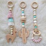 Ensemble de jouets de gymnastique pour bébé en bois avec Cactus Lama de 3. MOBILES ONLY Aqua & rose poussiéreux. Désert. Boho. Voyage. UNE