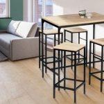 Ensemble de table et tabourets à placer dans une cuisine ou une salle à manger...