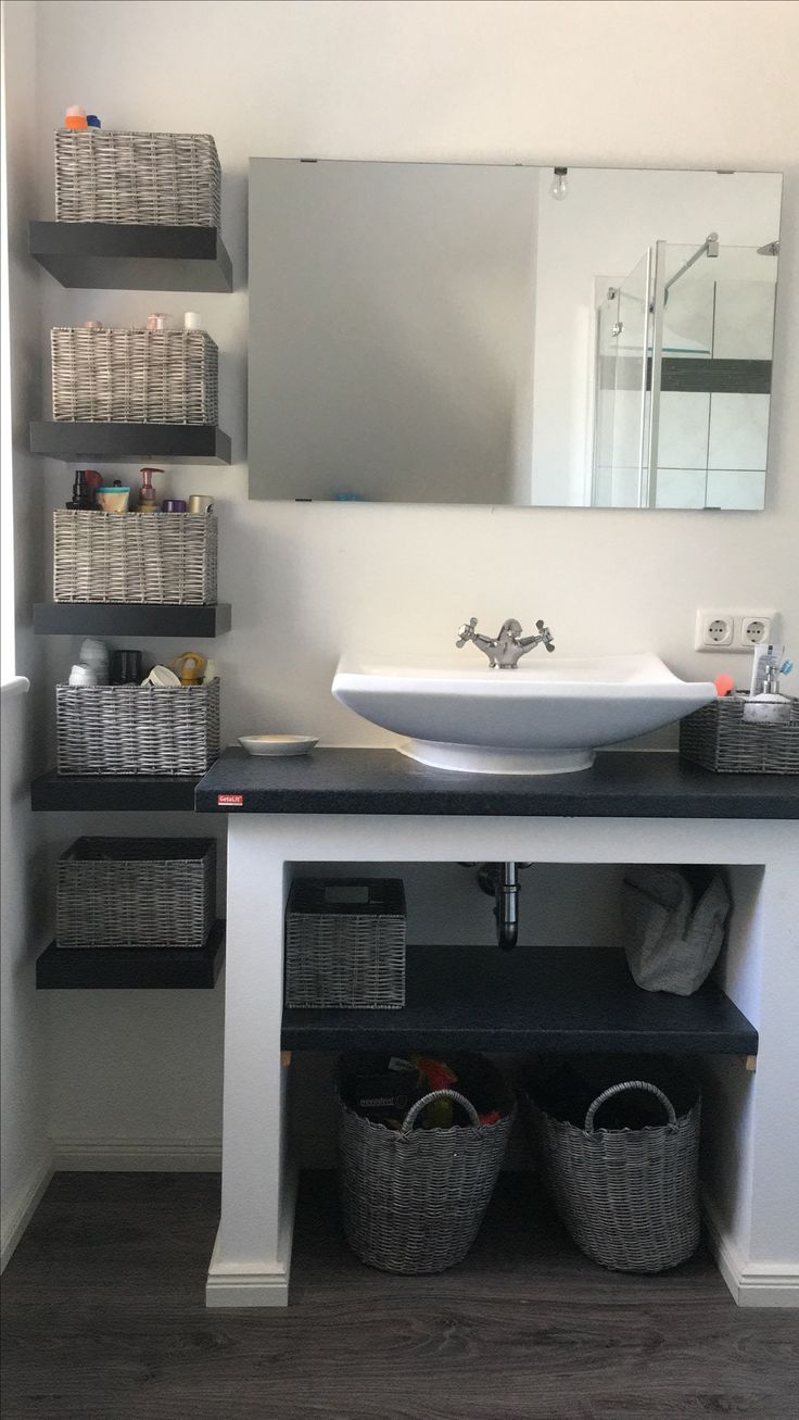 Étagère de salle de bain maison. – #bathroom #homemade #shelf #shelf