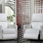 Fabriqué au Canada, le fauteuil berçant pivotant inclinable Diva de Bugatti De...