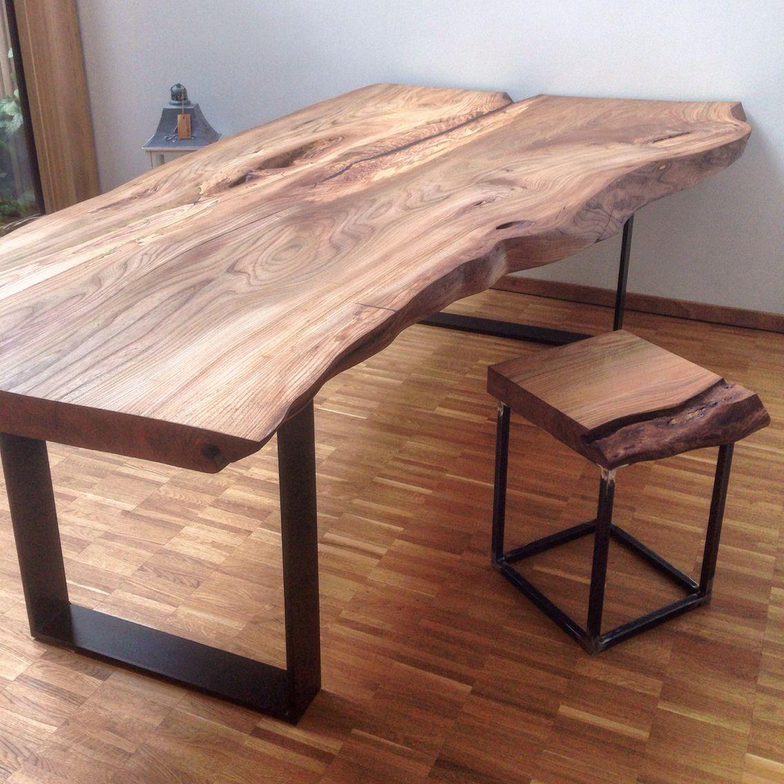 Grande table en bois –