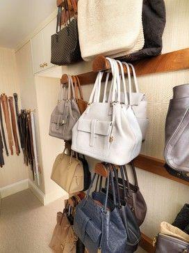 Idée de design pour le placard, grand ou petit, un dressing est une pièce toute en …