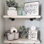 Idées de décoration de maison de ferme rustique pour votre salle de bain. Idée simple et unique ...