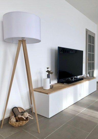 Lampe en bois avec écran blanc / Panneau de télévision / Armoire de salon / Notre salon / …