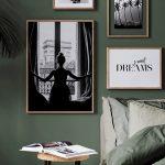 Le vert dans la chambre à coucher est la tendance de 2018! Au mur ou sur votre lit, le vert est ...
