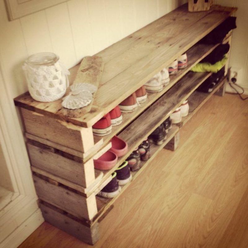 Les étagères à chaussures construisent des palettes d'idées et d'inspiration
