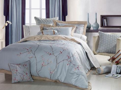 Les fleurs de Chine sont au centre des préoccupations de Serena de Nygard Home Bedding. Serena est ma …
