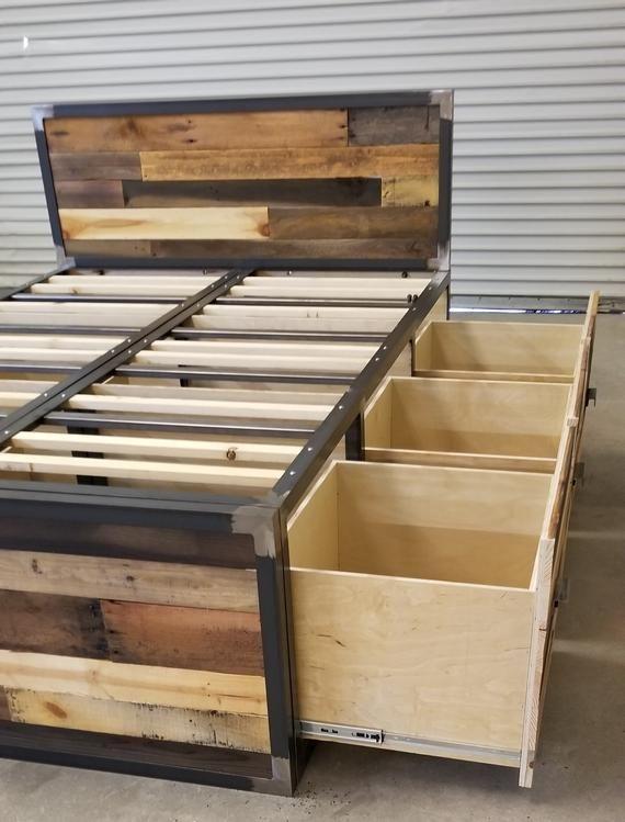 Lit de stockage industriel de plate-forme en bois récupéré