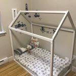 Lit en bois COMPLET / DOUBLE, cadre de lit pour bébé, rideau de lit, maison avec cadre de lit en bois, maison de lit en bois pour chambre d'enfant, lit bébé, lit en bois, lattes pour lit cadeau pour enfants