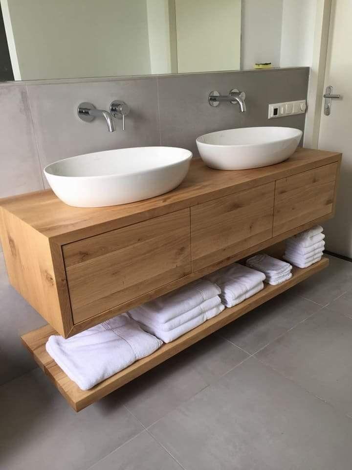 Meuble de salle de bain en chêne massif avec bouton poussoir pour ouvrir les tiroirs à fermeture en douceur