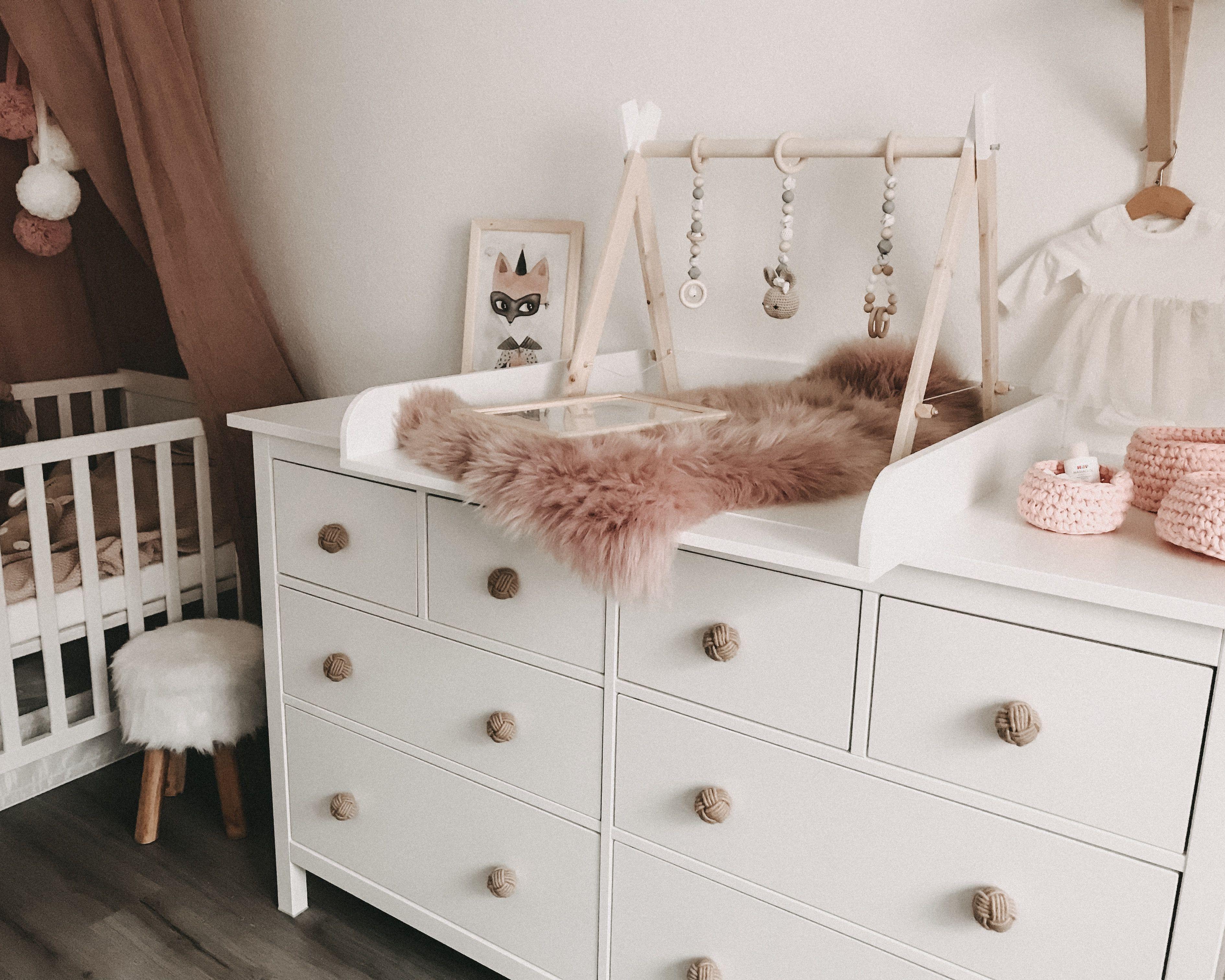 """Plan à langer """"rond"""" avec panneau pour grande commode IKEA Hemnes"""