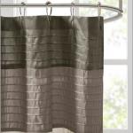 Rideau de douche en soie synthétique Madison Park Amherst Donnez à votre salle de bain un nouveau look moderne ...