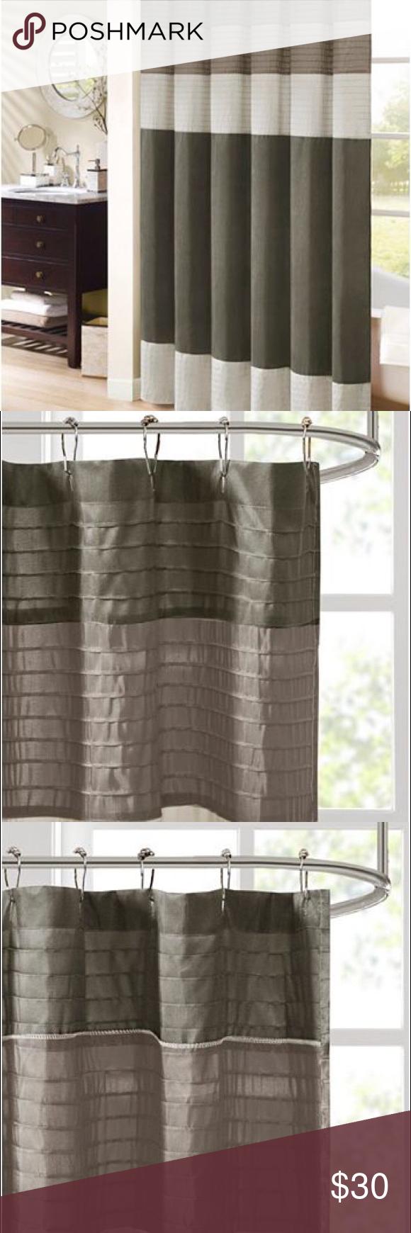Rideau de douche en soie synthétique Madison Park Amherst Donnez à votre salle de bain un nouveau look moderne …