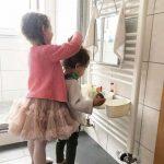 Salle de bain Montessori pour enfants - Des hacks IKEA