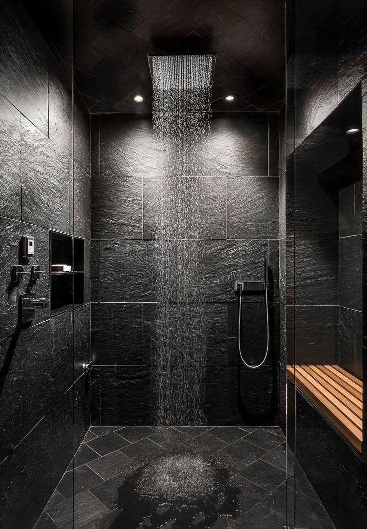 Salle de bain, éclairage zénithal, cabine de douche, sol en ardoise et carrelage en pierre – #Badz
