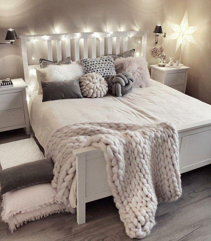 Si doux et confortable❣️ #teenagegirlbedrooms – #ados #Cozy #soft #teenagegirlbedroo …
