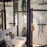 Si vous avez besoin d'un gradateur de salle de bain, vous pouvez installer un gradateur sans fil. ...