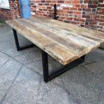 Table de salle à manger industrielle chic en vieux bois pour 10-12 personnes - Mobilier de bar-restaurant en bois massif sur mesure 473