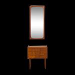 Unité danoise de couloir avec le miroir de teck et la petite commode