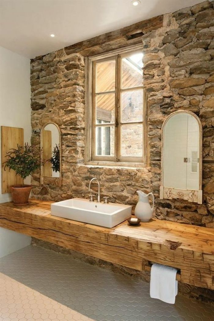 Vanité en bois et autres idées de salle de bain rustique