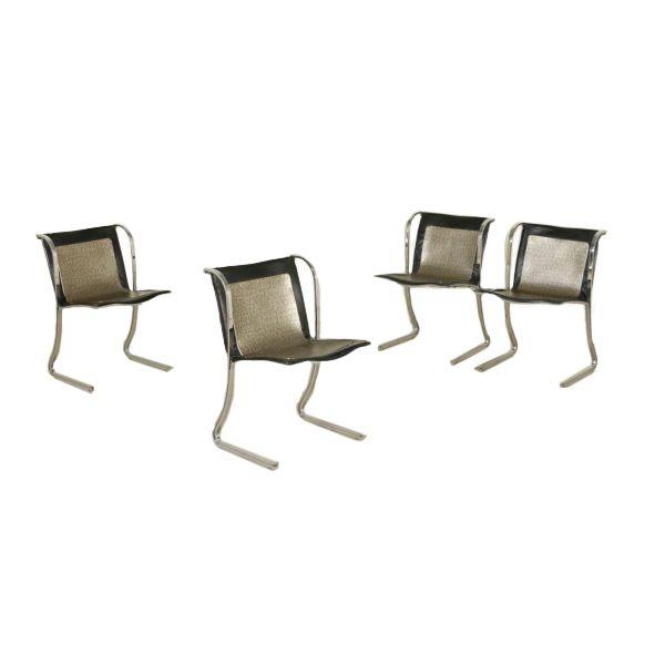 Vintage: 4 chaises Vintage Italy 60s-70s Un groupe de 4 chaises. Métal chromé, le …
